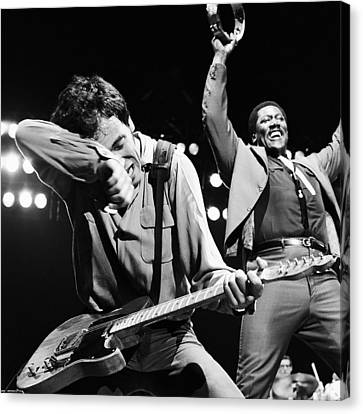 The Boss And The Big Man Canvas Print by Chris Walter