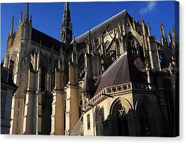 The Cathedral Basilica -  Amiens - France Canvas Print by Aidan Moran