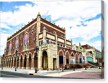 The Empire Theater Asbury Park Nj Canvas Print by Bill Cannon