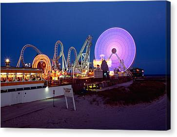 The Giant Wheel At Night  Canvas Print by George Oze