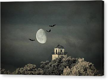 The Haunted House Canvas Print by Heike Hultsch