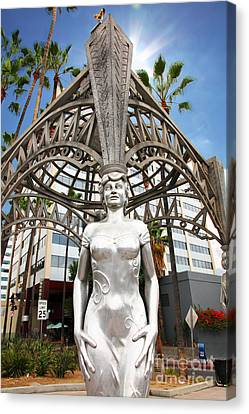 The Hollywood Boulevard Gazebo La Brea Gateway To Hollywood 5d28929 Canvas Print by Wingsdomain Art and Photography