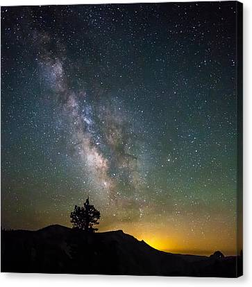 The Milky Way Meets The Aspen Fire Canvas Print by Mike Lee