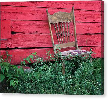 The Old Chair And The Red Barn #1 Canvas Print by Nikolyn McDonald