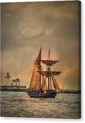 The Playfair Canvas Print by Dale Kincaid