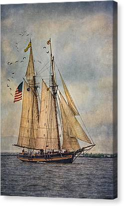 The Pride Of Baltimore II Canvas Print by Dale Kincaid