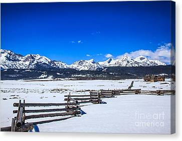 The Sawtooth Mountains Canvas Print by Robert Bales