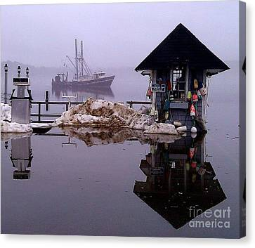 The Tide Is Rising Canvas Print by Donnie Freeman