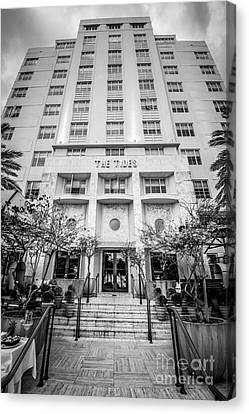 The Tides Art Deco Hotel South Beach Miami - Black And White Canvas Print by Ian Monk