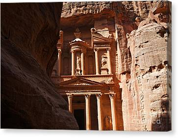 The Treasury Seen From From The Siq Petra Jordan Canvas Print by Robert Preston