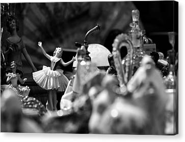 Tiny Dancer Canvas Print by Marco Oliveira