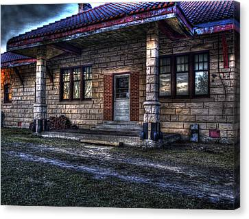 Train Stop Canvas Print by Thomas Young
