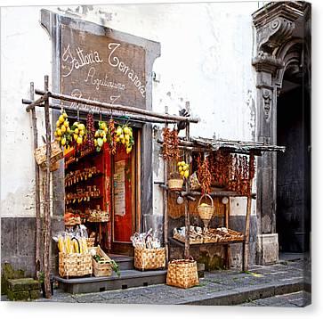 Tratorria In Italy Canvas Print by Susan Schmitz