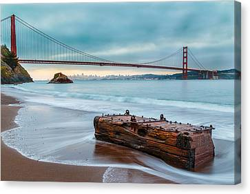 Treasure And The Golden Gate Bridge Canvas Print by Sarit Sotangkur