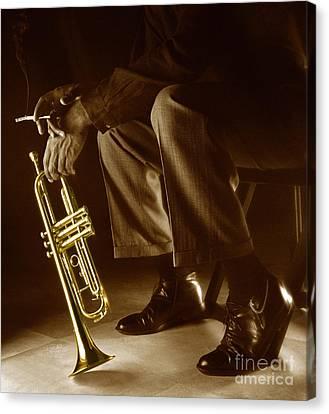 Trumpet 2 Canvas Print by Tony Cordoza