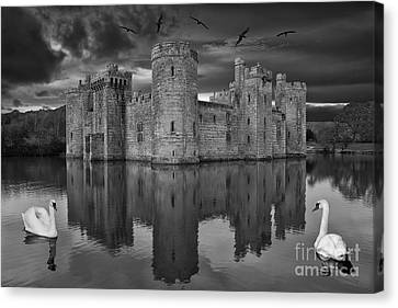 Twilight At Bodiam Castle Canvas Print by Pete Reynolds