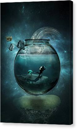 Two Lost Souls Canvas Print by Erik Brede