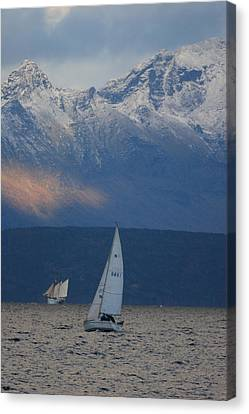 Two Ships Canvas Print by Ulrich Kunst And Bettina Scheidulin