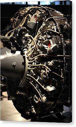 Udvar-hazy Center - Smithsonian National Air And Space Museum Annex - 121215 Canvas Print by DC Photographer