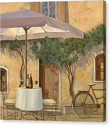 Un Ombra In Cortile Canvas Print by Guido Borelli
