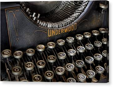Underwood Typewriter Details Canvas Print by Susan Candelario