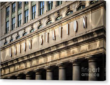 Union Station Chicago Sign And Building Canvas Print by Paul Velgos