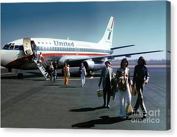 United Airlines Ual Boeing 737-222 N9069u April 1974 Canvas Print by Wernher Krutein
