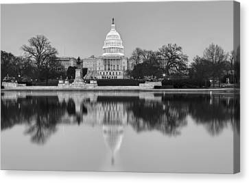United States Capitol Building Bw Canvas Print by Susan Candelario