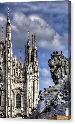 Urban Jungle Milan Canvas Print by Carol Japp