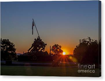 Us Marine Corps War Memorial Canvas Print by Darcy Michaelchuk