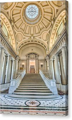Us Naval Academy Bancroft Hall I Canvas Print by Clarence Holmes