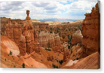 Thor's Hammer - Bryce Canyon National Park Canvas Print by Georgia Fowler