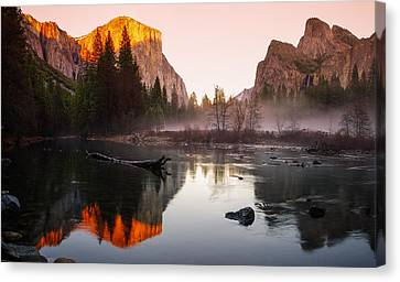 Valley View Winter Sunset Yosemite National Park Canvas Print by Scott McGuire