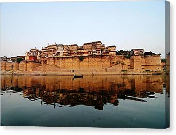 Varanasi Ramnagar Fort Canvas Print by Money Sharma