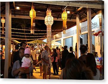 Vendors - Night Street Market - Chiang Mai Thailand - 011325 Canvas Print by DC Photographer