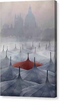 Venice In Rain Canvas Print by Joana Kruse