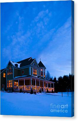 Victorian House At Christmastime Canvas Print by Diane Diederich