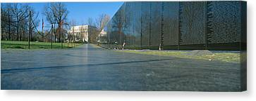 Vietnam Veterans Memorial, Washington Dc Canvas Print by Panoramic Images