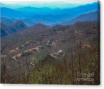 View On Blue Ridge Parkway Canvas Print by Randi Shenkman