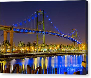 Vincent Thomas Bridge - Nightside Canvas Print by Jim Carrell
