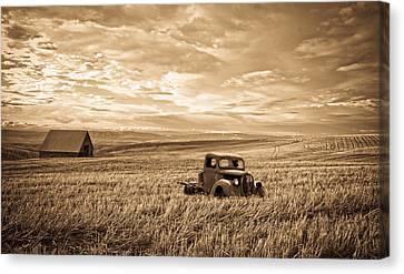 Vintage Days Gone By Canvas Print by Steve McKinzie