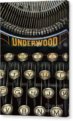 Vintage Keyboard Canvas Print by Paul Ward