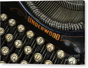 Vintage Typewriter Canvas Print by Paul Ward