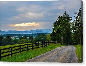 Virginia Road At Sunset Canvas Print by Alex Zorychta