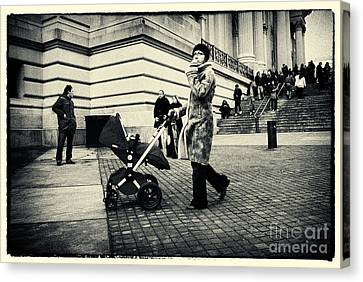 Visiting The Metropolitan Museum New York City Canvas Print by Sabine Jacobs