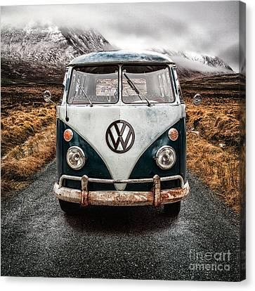 Vw In Glen Etive Canvas Print by John Farnan