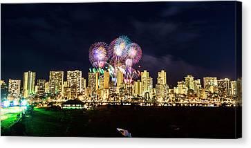 Waikiki Fireworks Celebration 3 Canvas Print by Jason Chu