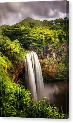 Wailua Falls In Kauai Canvas Print by Vicki Jauron