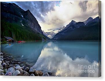 Waiting For Sunrise At Lake Louise Canvas Print by Teresa Zieba