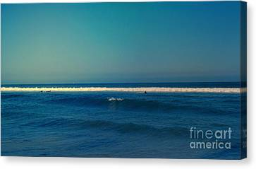 Waiting For The Perfect Wave Canvas Print by Nina Prommer